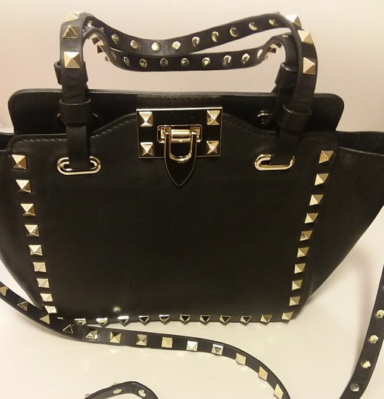1c99297d7ff Valentino Garavani Rockstud Grain Small Tote Bag. M_5a45c8582ae12f18430ff3bb